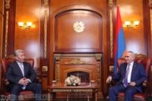 Ազգային ժողովի նախագահն ընդունել է Ղազախստանի դեսպանին