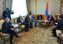 PRESIDENT RECEIVED FIVE NOBEL PRIZE WINNERS IN THE AREA OF MEDICINE AND ADJACENT AREAS