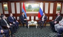 Տիգրան Սարգսյանը հանդիպել է Դմիտրի Մեդվեդևին