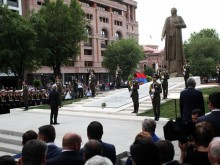 PRESIDENT SERZH SARGSYAN ATTENDED THE CEREMONY OF UNVEILING OF GAREGIN NZHDEH STATUE
