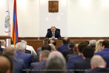 Taron Margaryan: Inform the public about the work carried out in the blocks of flats