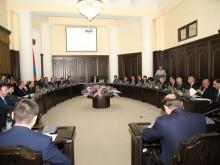 Правительство поможет устранению ущерба от сильного ветра и града в Армавирской области и решению ряда других проблем