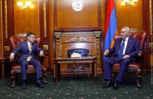 Galust Sahakyan Receives Ambassador of Kazakhstan