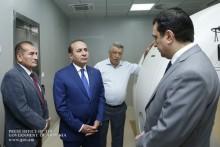 Премьер-министр ознакомился с работами по строительству Центра по производству радиоизотопов и молекулярной диагностики