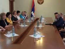 Совет женщин РПА поздравляет по случаю праздника независимости НКР