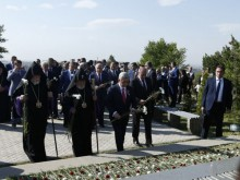 ON THE OCCASION OF THE 25TH ANNIVERSARY OF ARMENIA'S INDEPENDENCE PRESIDENT SARGSYAN VISITED THE ERABLUR PANTHEON