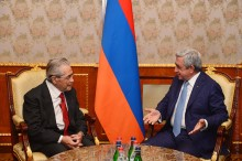 SERZH SARGSYAN RECEIVED THE RECIPIENT OF THE RA PRESIDENTIAL AWARD IN THE AREA OF INFORMATION TECHNOLOGIES FOR YEAR 2016