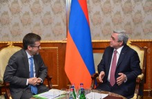 PRESIDENT RECEIVED THE EU COMMISSIONER FOR RESEARCH, SCIENCE, AND INNOVATION CARLOS MOEDAS
