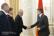 PM Receives Heads of EEU-Member States Customs Agencies