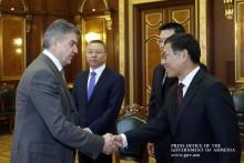 Премьер-министр обсудил с послом Китая вопросы дальнейшего развития армяно-китайских отношений
