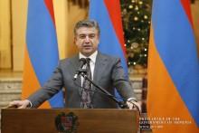 Премьер-министр пригласил на новогодний прием представителей СМИ