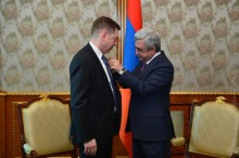 PRESIDENT SERZH SARGSYAN RECEIVED THE EXECUTIVE DIRECTOR OF FLSMIDTH COMPANY THOMAS SCHULZ