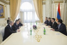 Prime Minister Receives Chinese GSAFETY Company Delegation