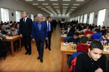 PRESIDENT SERZH SARGSYAN OBSERVED THE GAMES AT ARMENIA'S CHESS ACADEMY AND CHESS HOUSE