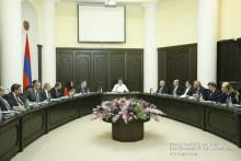 Под председательством Карена Карапетяна состоялось заседание Совета по борьбе с коррупцией