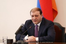 Delegation headed by Yerevan Mayor meets with NKR Prime Minister
