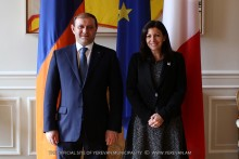 Yerevan Mayor Taron Margaryan met with Paris Mayor