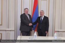 Г.Саакян принял министра иностранных дел Греческой Республики