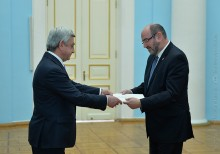 NEWLY APPOINTED AMBASSADOR OF ISRAEL PRESENTED HIS CREDENTIALS TO PRESIDENT SERZH SARGSYAN