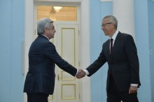 THE NEWLY APPOINTED AMBASSADOR OF NEW ZEALAND PRESENTED HIS CREDENTIAL TO PRESIDENT SERZH SARGSYAN