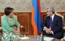 Սերժ Սարգսյանն ընդունել է Լիտվայի ազգային պաշտպանության նախարարին