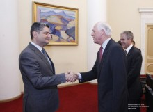 Տիգրան Սարգսյանն ընդունել է Ավստրալիայի վարչապետի հատուկ բանագնացին