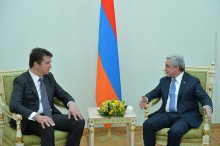 AMBASSADOR OF SERBIA TO ARMENIA PRESENTED HIS CREDENTIALS TO PRESIDENT SERZH SARGSYAN