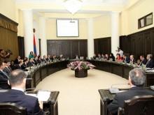 Правительство планирует оказать действенную поддержку работающим в приоритетных сферах и новосозданным предприятиям