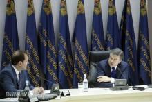 Премьер-министр посетил Министерство по чрезвычайным ситуациям: «Ожидаем от МЧС современного и разумного управления»