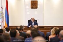 Тарон Маргарян: Мы должны работать с удвоенной энергией, даже в чрезвычайном режиме