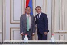 А.Баблоян принял посла Франции в Армении