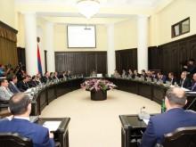 Правительство проведет в областях совещания по областным приоритетам и подлежащим обсуждению вопросам