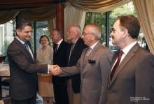 Վարչապետն աշխատանքային ճաշ է ունեցել ԵՄ անդամ երկրների դեսպանների հետ