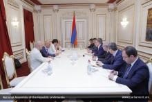 А.Баблоян принял спецпредставителя Генерального секретаря НАТО на Кавказе и в Центральной Азии