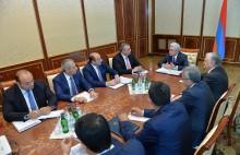 Նախագահը խորհրդակցություն է անցկացրել հայ-ամերիկյան տնտեսական համագործակցության օրակարգի հարցերի շուրջ