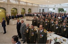 Նախագահը մասնակցել է Արցախի Հանրապետության անկախության հռչակման տոնական միջոցառումներին