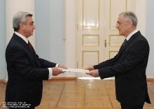 Նախագահին իր հավատարմագրերն է հանձնել Հայաստանում Ալբանիայի նորանշանակ դեսպանը