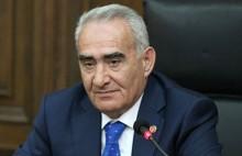 «Սերժ Սարգսյանը երբեք չի սխալվում». Գալուստ Սահակյան