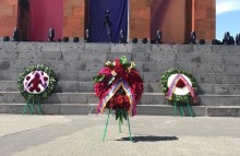 On behalf of Serzh Sargsyan, a wreath was laid at the Memorial of the Sardarapat Battle