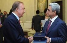 Սերժ Սարգսյանը շնորհավորել է ամերիկահայ բարերար Ալբերտ Բոյաջյանին` ծննդյան 80-ամյակի առթիվ