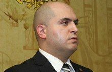 96-ին Երևանը տանկերով լցրածը խոսում է մարտի 1-ից․ Արմեն Աշոտյան