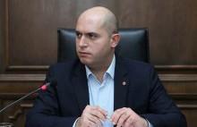 Նիկոլ, դու էնքան «չմո» ես, որ գոնե 30 տղա հետդ չնստեցրին ինքնաթիռ ու չտվեցին` բերես Երևան. Արմեն Աշոտյան