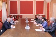Հայաստան-Գերմանիա բարեկամության խմբի ղեկավարը հանդիպեց ԳԴՀ Բունդեսթագի փոխնախագահ Վոլֆգանգ Թիրզեի հետ