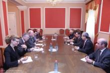 ԳԴՀ Բունդեսթագի փոխնախագահի հանդիպումը Աժ հանձնաժողովների նախագահների հետ