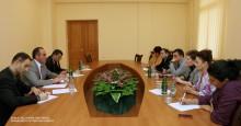 Աշխատանքային քննարկում ԱԺ պաշտպանության, ազգային անվտանգության եւ ներքին գործերի մշտական հանձնաժողովում