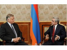 Президент Серж Саргсян сегодня принял председателя принявшей в доверительное управление армянскую железную дорогу компании «Российские железные дороги» Владимира Якунина