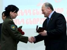 Председатель НС С.Никоян наградил почетными медалями и грамотами НС группу врачей