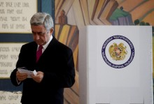 The President of Armenia, RA Presidential Candidate Serzh Sargsyan cast his vote at the 9/11 polling station