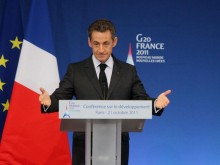 French President pledges to introduce new genocide bill once reelected