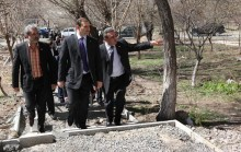 Mayor Taron Margaryan watched the work started in the administrative district of Malatia Sebastia
